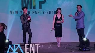 """[Live] Sơn Tùng dợt lại bài từng thi Nhạc viện """"Không còn mùa thu"""" cùng Thu Phương"""