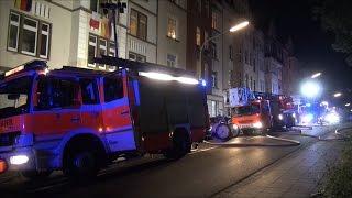 Brand in einem Mehrfamilienhaus in der Eugen-Richter-Straße in Hagen-Wehringhausen