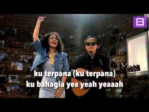 Wizzy feat Sandhy Sandoro   Cinta Cinta Cinta Video Lirik
