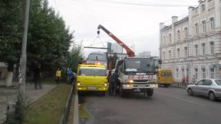 Эвакуация автомобилей у Народного Хурала(, 2013-07-25T02:31:22.000Z)