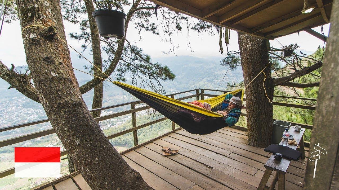 schlafen im baumhaus ber den wolken wir treffen zuschauer l omah kayu java indonesien vlog 5. Black Bedroom Furniture Sets. Home Design Ideas