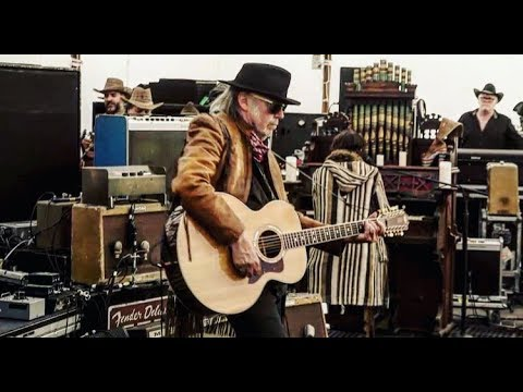 Neil Young - Peace Trail - + Promise Of The Real