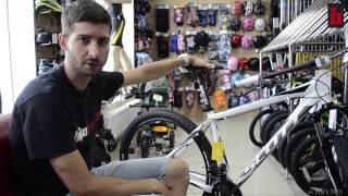 Сборка велосипеда из коробки(Видео о том как мы в Байк Центре готовим велосипеды к продаже., 2015-07-20T08:21:21.000Z)