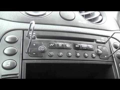 how to remove the cd player stereo in a citroen c2 youtube rh youtube com Citroen C1 Citroen C2