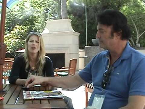 Kintoki-Con 2011 - Mary Elizabeth McGlynn and Richard Epcar Interview