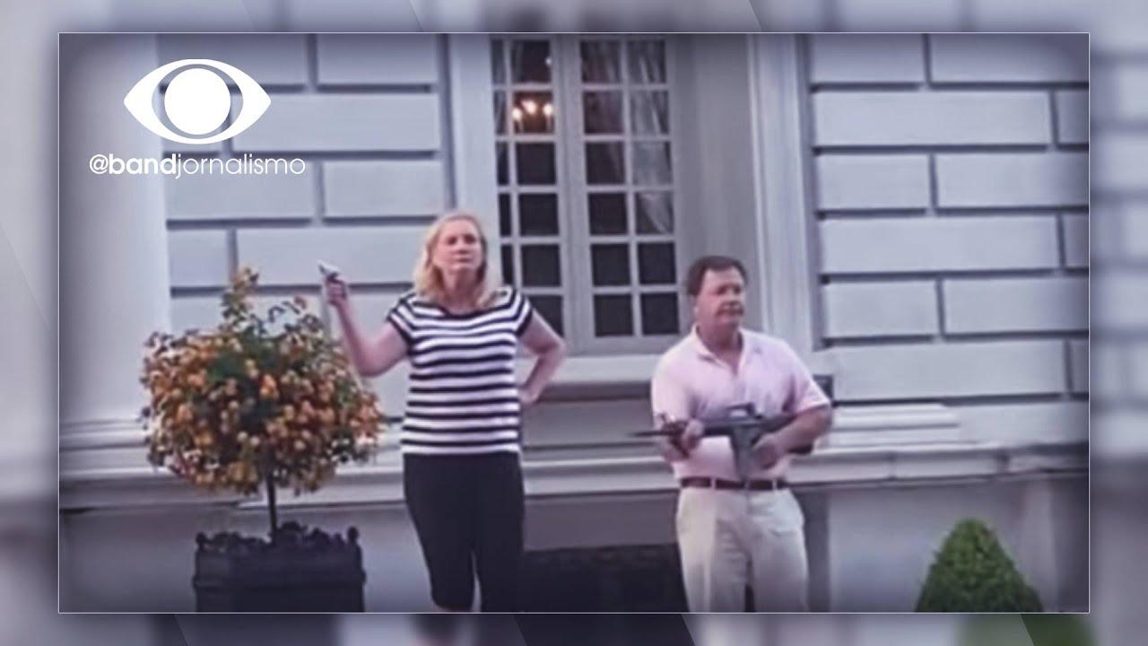 Viralizou: casal aponta armas contra manifestantes nos EUA - online