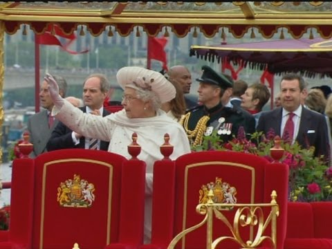 Diamond Jubilee River Pageant: The Best Bits