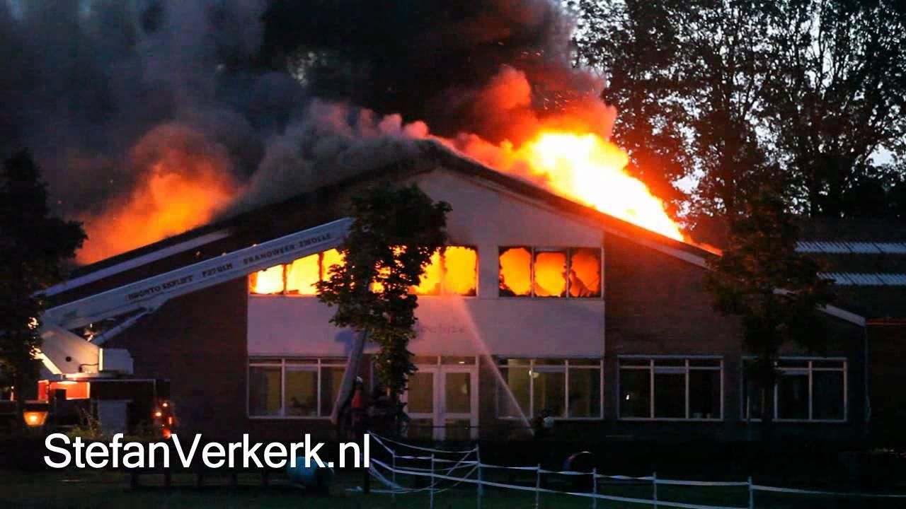 Grote Brand Verwoest Manege T Hoefijzer Zwolle
