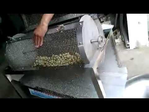 Stainless Steel Automatic Boiled Quail Egg Shell Breaking Machine