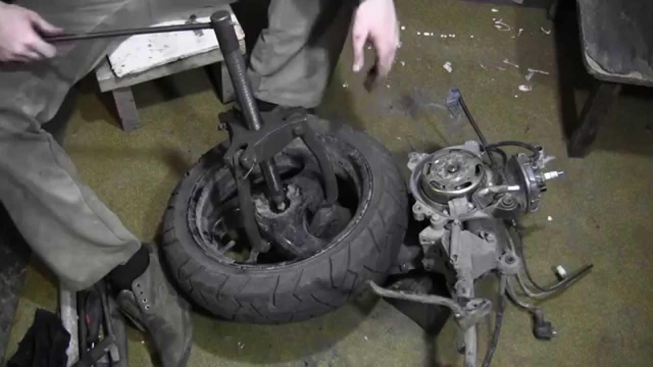 Более 848 объявлений о продаже подержанных скутеров / мотороллеров в украине. На auto. Ria легко найти, сравнить и купить бу скутер / мотороллер с пробегом.