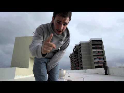 Robertito Chong - Yo me levanto (Video Oficial)