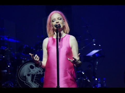 Garbage - Queer - Live in Moscow 11.11.2015