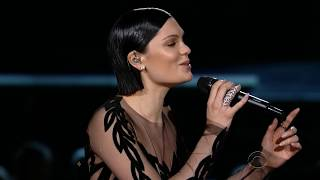 Jessie J & Tom Jones - You've Lost That Lovin' Feelin'(2015Grammy's)
