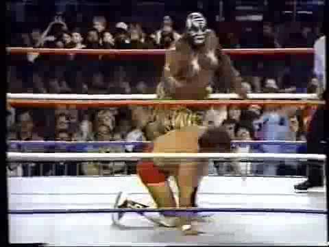 WWF Debut   Kamala The Ugandian Headhunter
