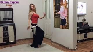 Roman kızı dilara  dans ediyor... Son harekete dikkat....