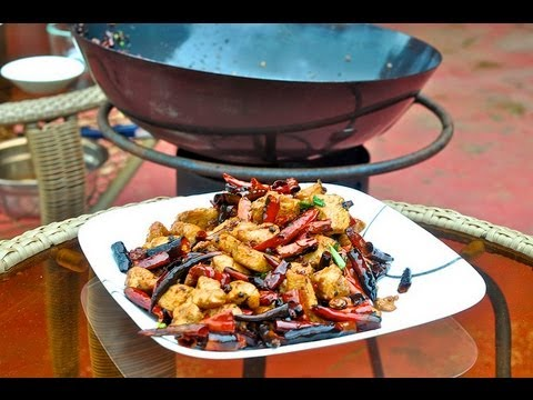 Wok Cooking Recipe Sichuan Chicken with Chiles _ la zi ji