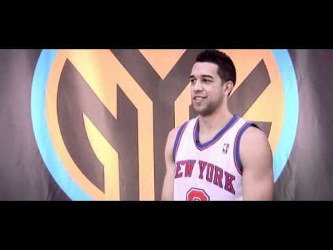 "Landry Fields singing ""Human Nature"""