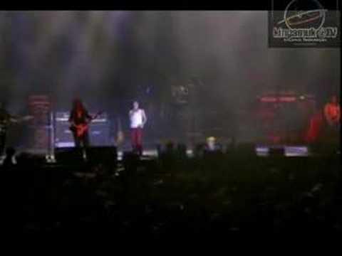 Gadisku (SEARCH live concert 2004)