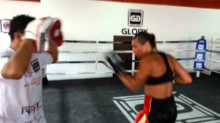 Ariane brodier 5 training muay thai