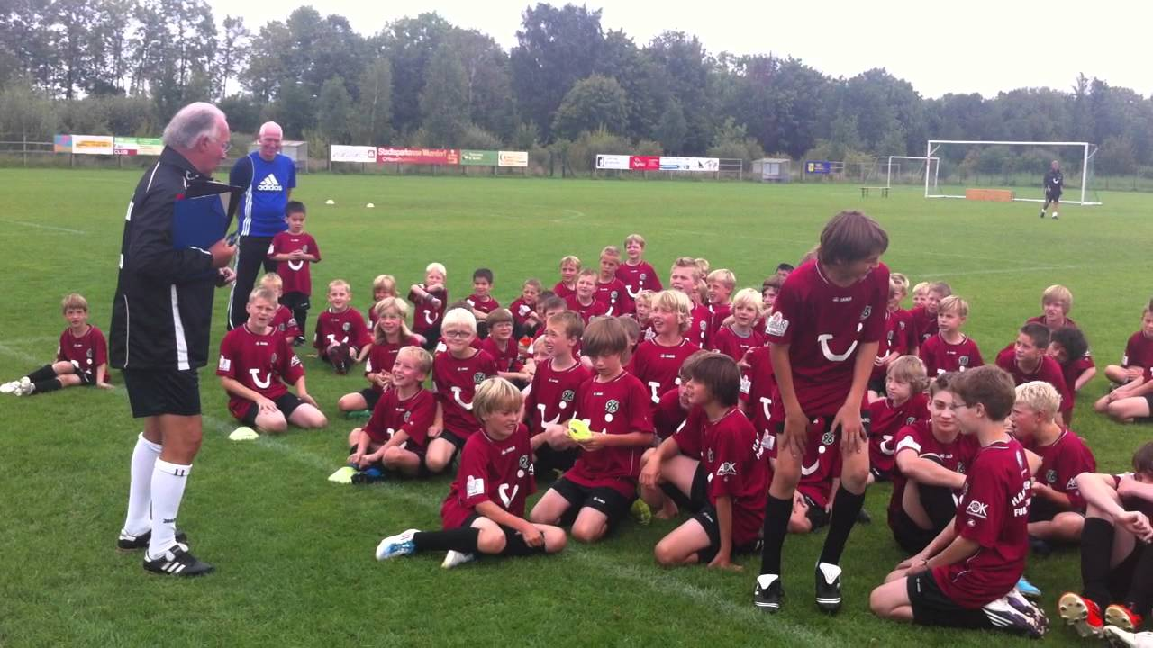 96 Fußballschule