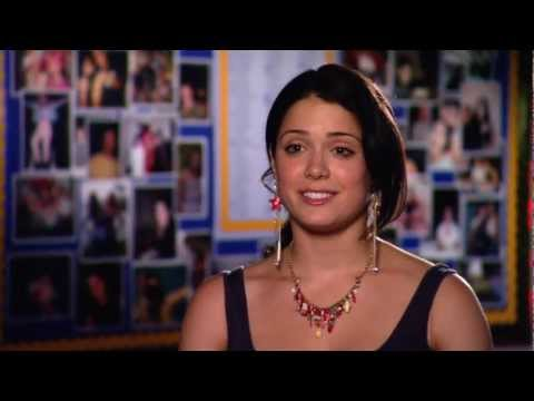 Ali Cobrin's Quick Official 'American Reunion' Studio Interview