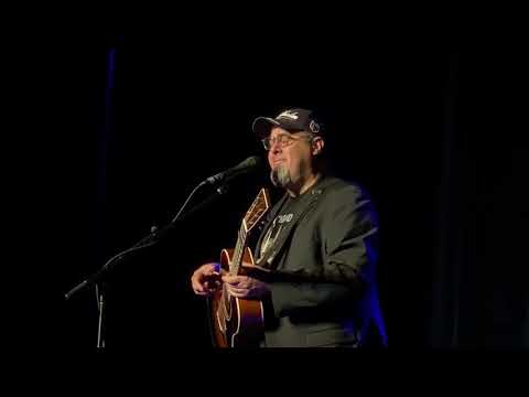 """Vince Gill """"When My Amy Prays"""" Live At The Capitol Center For The Arts, Concord, NH On Nov 3, 2019"""