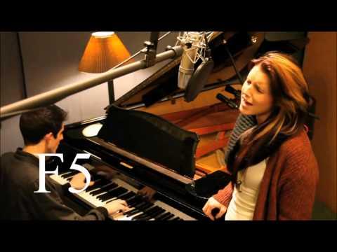 [HD] Amy Whitcomb Vocal Range (F3 - C6)