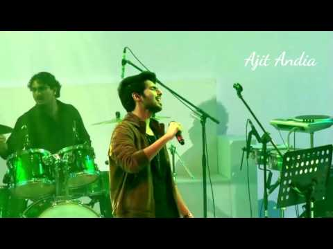 Bol Do Na Zara By Armaan Malik Live Performance