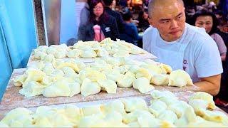 Fastest Dumplings (WORLD RECORD!) STREET FOOD in Taipei