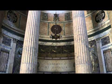 Rome Pantheon, Piazza