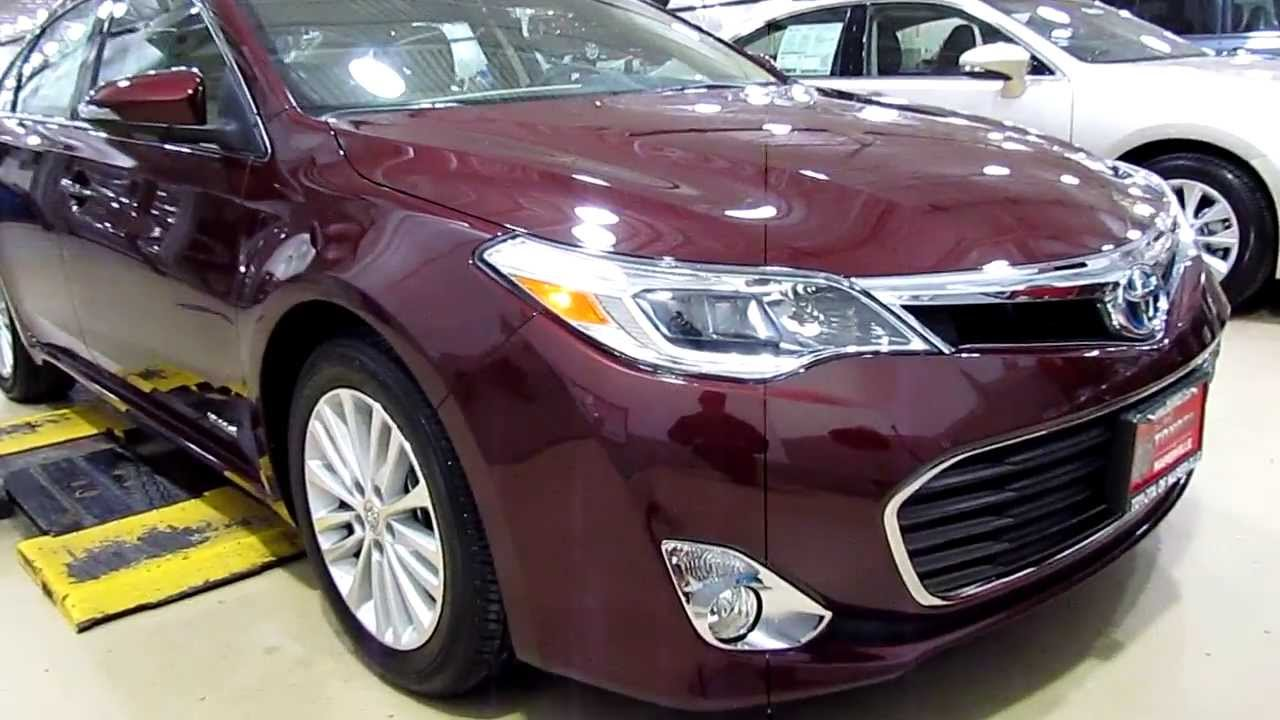 2013 Toyota Avalon Limited Hybrid Vs 2013 Lexus ES300h Comparison