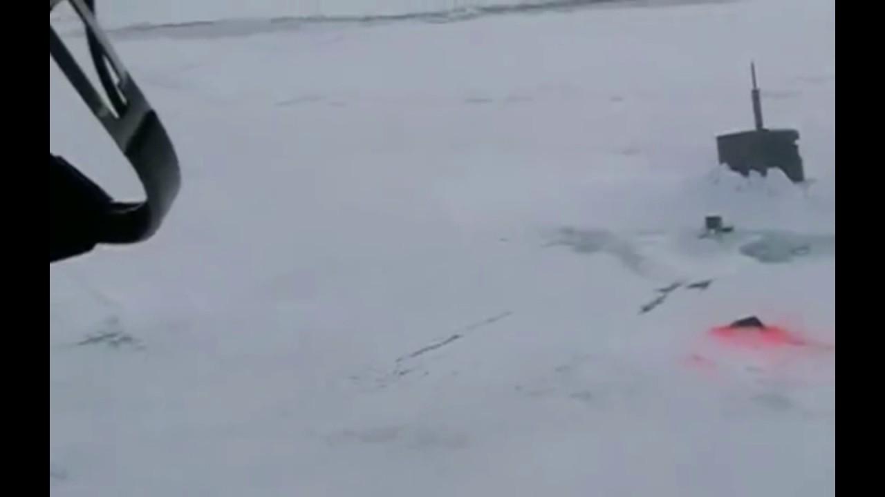 USS Seawolf в арктических льдах