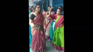 Alipurduar school teachers danced in badtameez dil at school function, Video goes viral