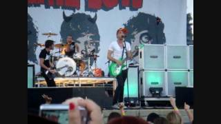 All Time Low - Dear Maria Count Me In [HD] Bamboozle Roadshow 2010 (Six Flags Over Georgia)