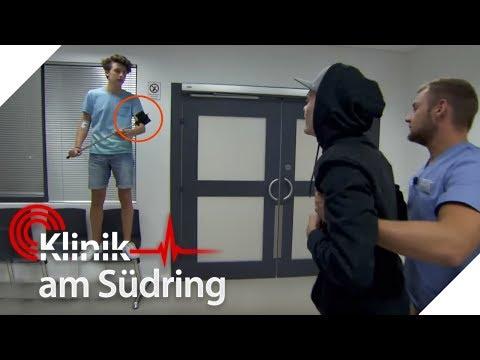 Junge baut Unfall, um mehr Likes zu bekommen   Klinik am Südring   SAT.1 TV