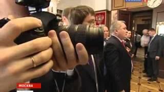 Житель Егорьевска вручил Жириновскому дедово авто