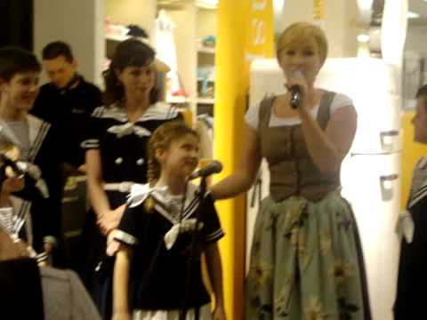 The Sound Of Music Bijenkorf Breda