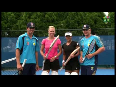 Aussie cricketers try their hand at tennis