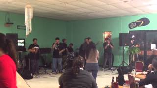 SoleRoots performing Don't let go by Spawnbreezie