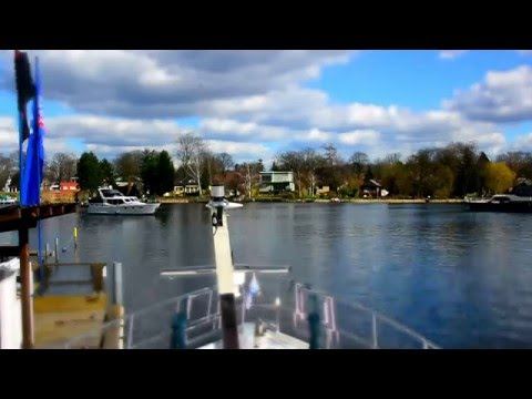 Cruising Berlin Canals & Lakes
