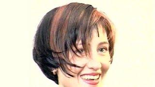 Женская стрижка на средние волосы ассиметричное боб каре с чёлкой  от Ольги Веремейчик