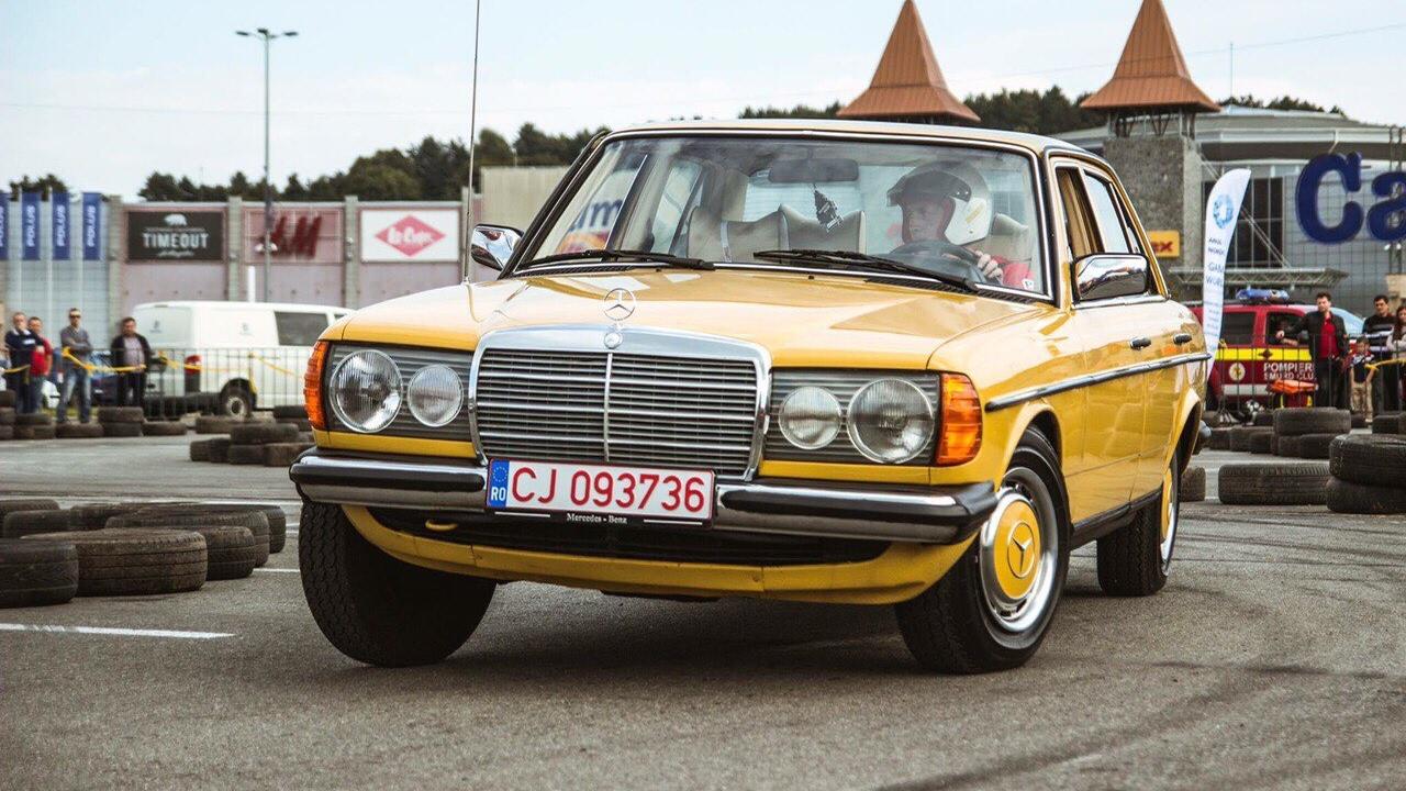 My mercedes benz w123 200d at klausenburg retro racing for Mercedes benz w123