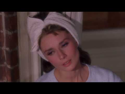 Breakfast at Tiffany's - Audrey Hepburn Sings Moon River - BEST QUALITY