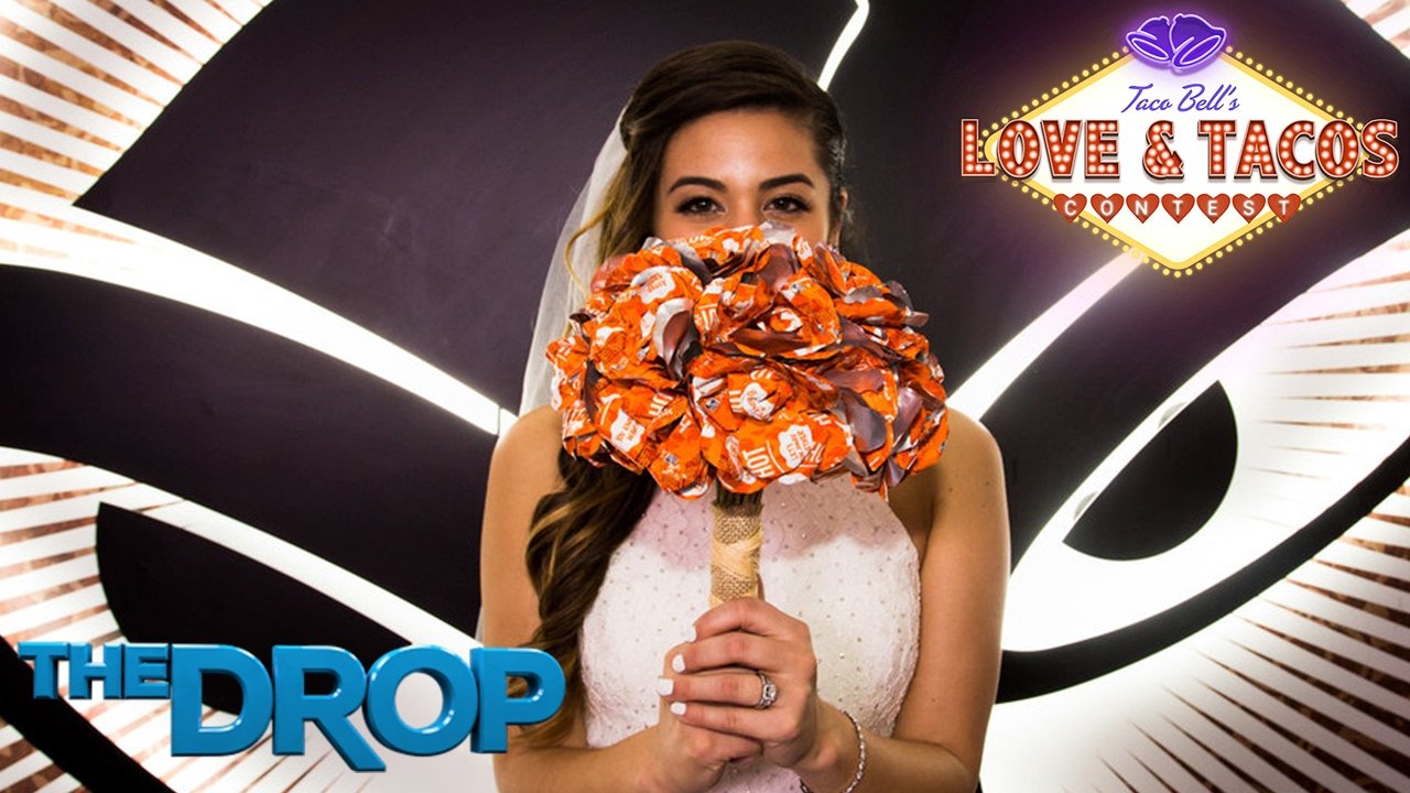Taco Bell Wedding.Wedding Dress Out Of Taco Bell Wrappers Rewind 100 7