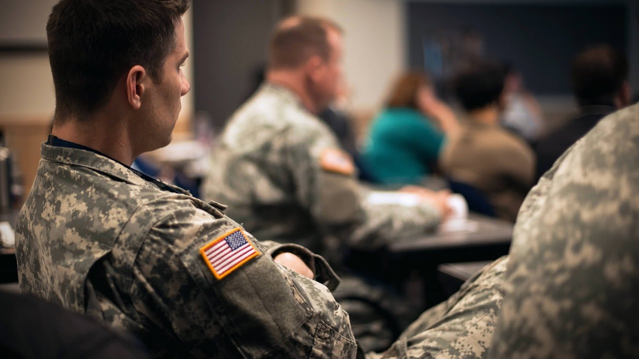 Transitioning and Active Service Members | Amazon jobs