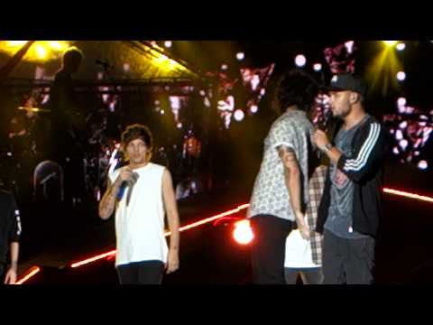 One Direction. Happily. Lincoln Financial Field. Philadelphia. 8.14.14