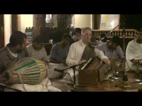 NY Eve Bhajan - Mukunda Datta das - Hare Krishna - 19/21