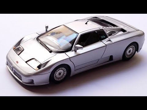Reviewing the 1/24 Bugatti EB 110 by Bburago