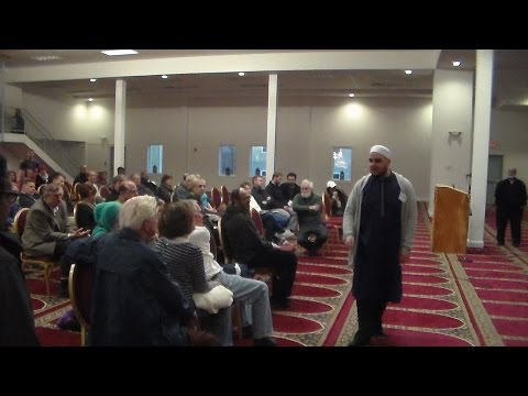 Meet a Muslim Day at the Worcester Islamic Center 2016