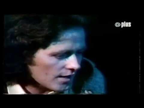Gilbert O'Sullivan - I'm Not Dreaming Of A White Christmas Original Video